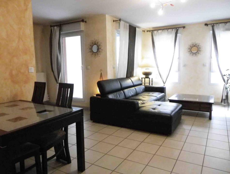Appartement t3 t4 vendre sur villeurbanne appartement for Appartement t3 t4